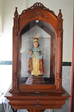 Statue-of-the-Infant-Jesus